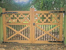 Hingham Gates Ltd